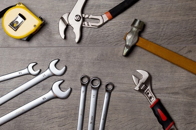 Must Have Tools for Running your Own Apartment Locating Company